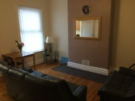 2 Weeks Rent Free, No Fees & All Bills Inc. Renovated House near Kirstall Road & Bramley Town Centre