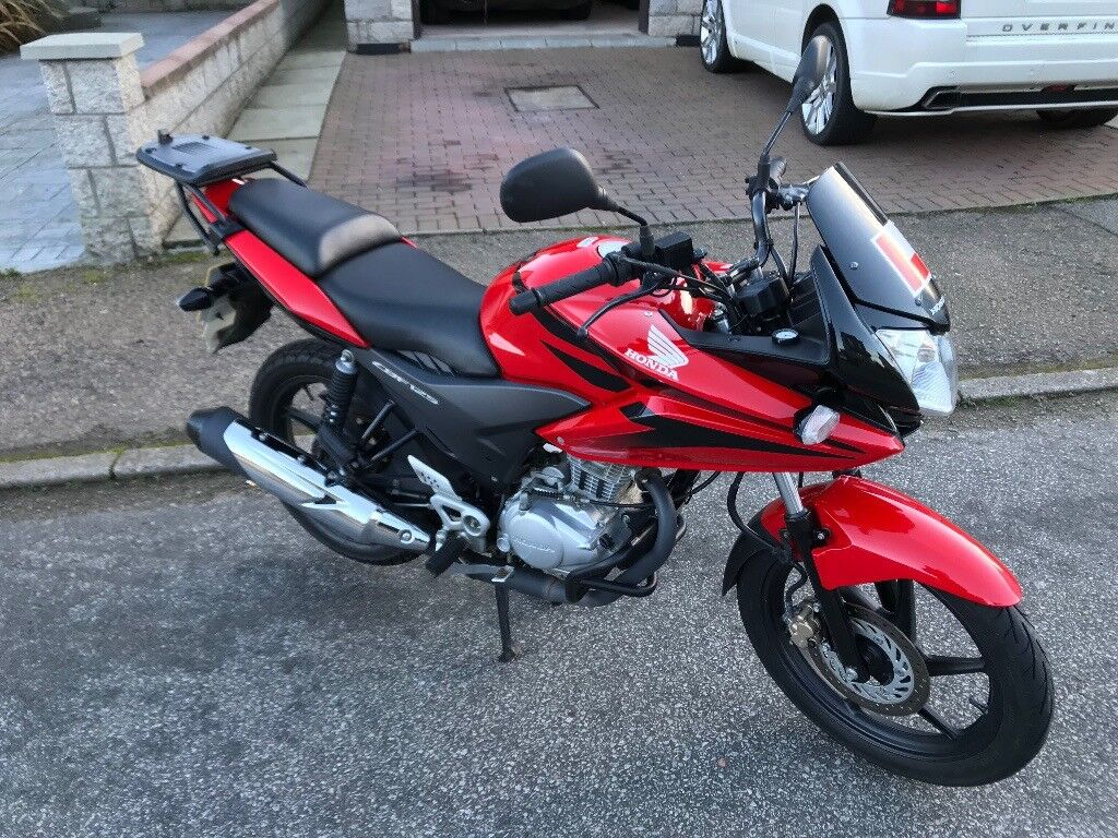 HONDA. CBF 125. VERY LOW MILEAGE