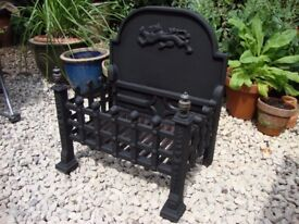 Cast Iron Dog Grate.( Heavy Construction),With Two Brass Finiels.