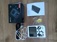 PORTABLE GAME 400 IN 1 CONSOLE WHITE NEW