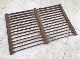 """Antique Hand Made Wrought Iron Boot Shoe Scraper Cleaner Flat Door Grating 21"""" x 14"""", 3kg"""