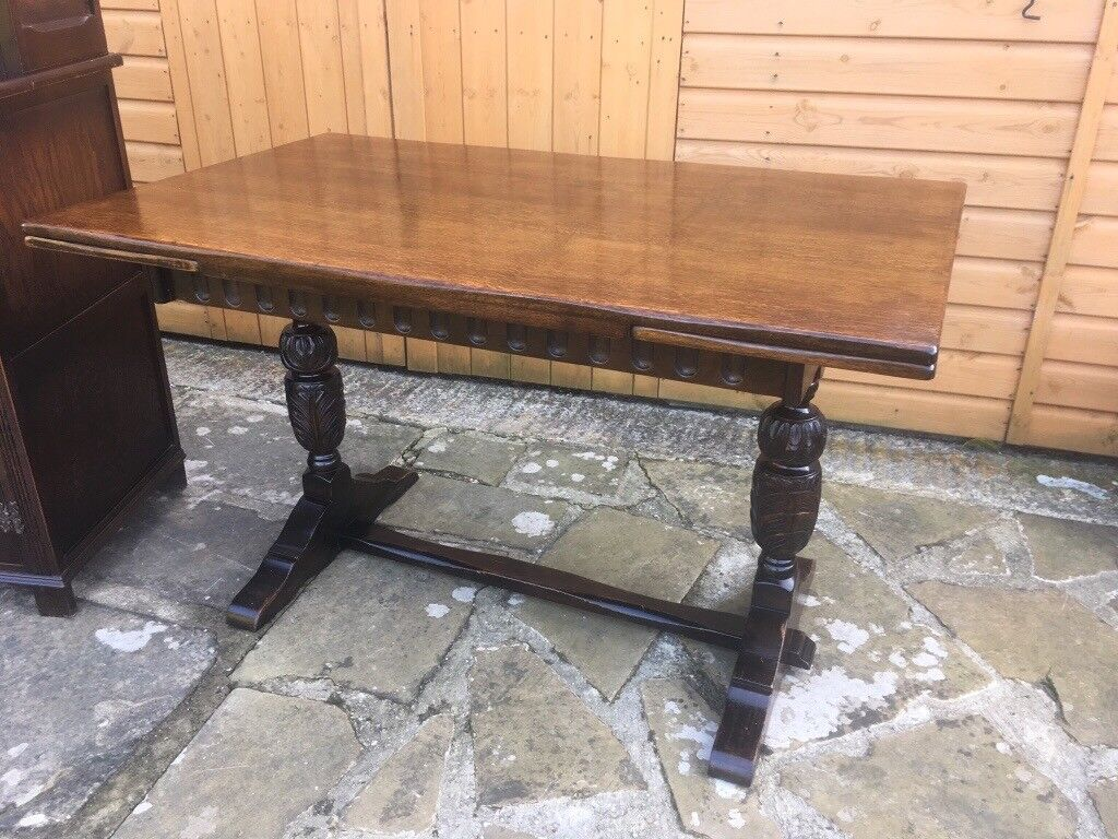 ANTIQUE SOLID OAK EXTENDING DINING TABLE Matching Buffet Counter Sideboard