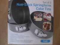 3 non-stick Springform cake tins. 26cm, 24cm and 22cm - new