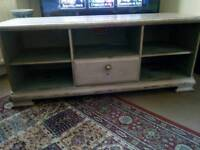 Shabby chic media unit