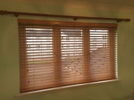"""2"""" wooden slat venetian blinds , with fixings 1 year old"""