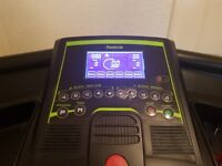 Treadmill in really good condition (only a couple marks) Reebok ZR-LITE.