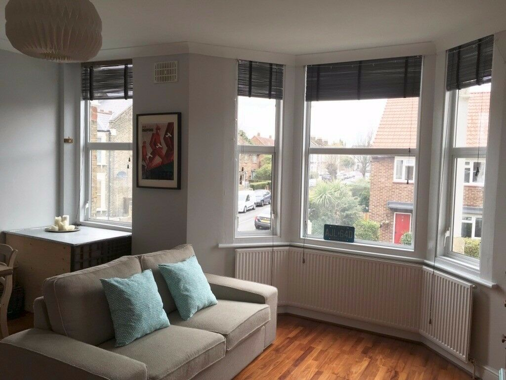 1 bed flat to rent Pember Road Kensal Green (530 sq. ft. / 49 sqm)