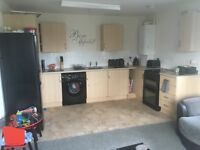 2bed flat looking for 2 or 3