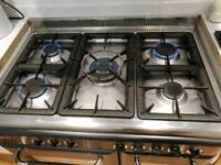 90cm range cooker. Gas hob, electric cooker