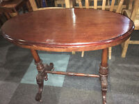 Fine Looking Victorian Carved Solid Wood &Mahogany Veneer Console Side Hall Table