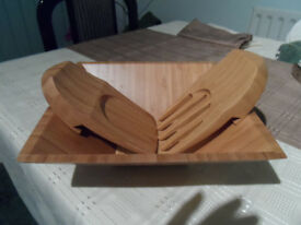 Pampered Chef Medium Bamboo Square Bowl with Salad servers