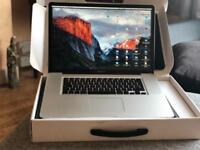 Amazing condition MacBook Pro with the large graphic design 17'' screen