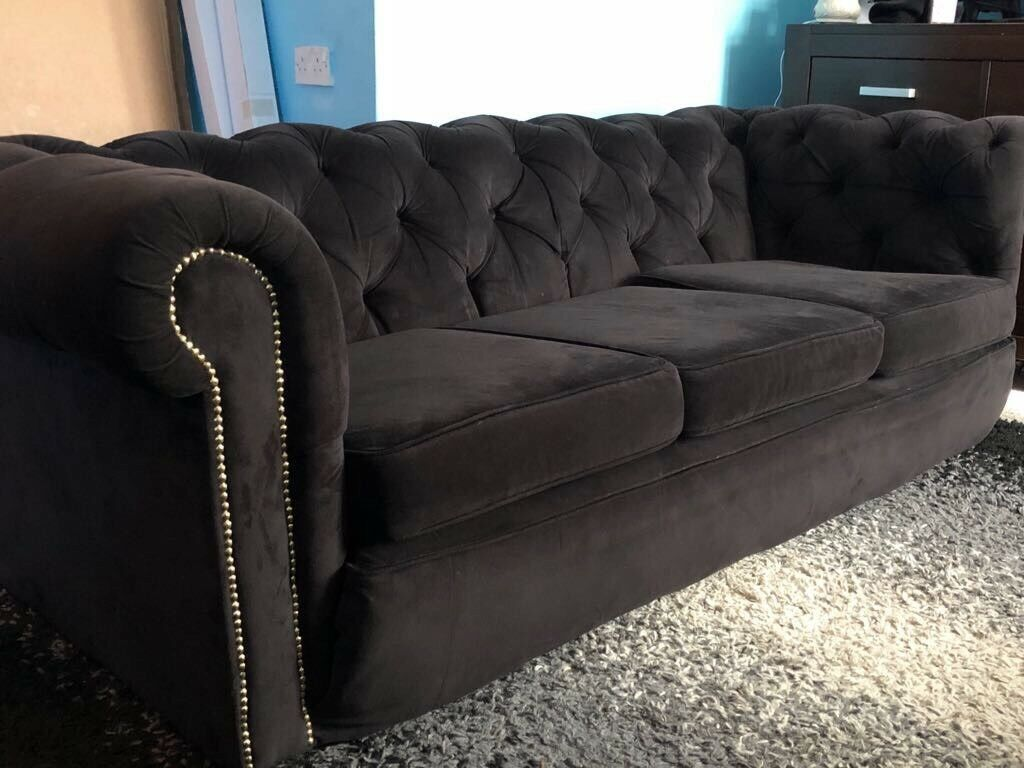 LOVELY 3 SEATER BLACK VELVET CHESTERFIELD SOFA | in Milton Keynes,  Buckinghamshire | Gumtree
