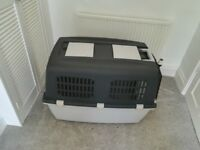 Airline approved dog carrier (L)