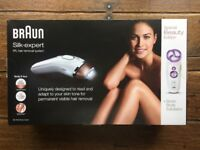 BRAUN SILK-EXPERT IPL HAIR REMOVAL with BODY EXFOLIATOR