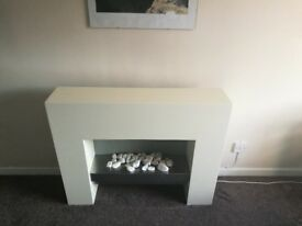 White Electric fire , great condition apart from minor scratches as seen in pictures. £30
