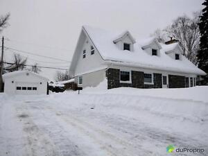 324 000$ - Maison à un étage et demi à vendre à St-Romuald