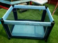 Baby travel cot by hauck