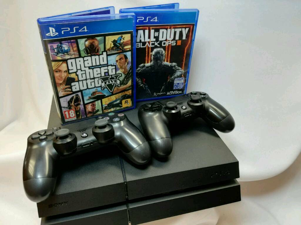 SONY PS4 500GB  2 CONTROLLERS  2 GAMES  | in Rotherham, South Yorkshire |  Gumtree