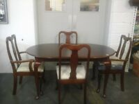 Mahogany wood oval table and 4 chairs