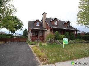 460 000$ - Maison 2 étages à vendre à Fabreville