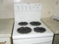 white electric cooker 4 rings grill and oven