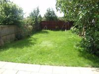 3 bed and 2 receptions End Terraced in Fairway, Raynes Park, London, SW20!!Close to station!!