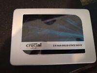 Crucial mx300 750G sata3 SSD