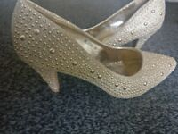 Glam shoes size 38