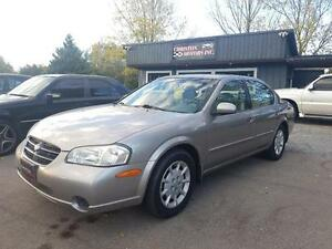2000 Nissan Maxima LOW KMS! CERTIFIED ETESTED  $2499+taxes