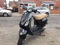 PIAGGIO VESPA LX 50 cc black 2013 low mileage show room condition hpi clear !!