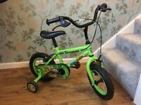 "Kids 3 to 5 yrs Apollo Marvin Monkey 12"" vibrant green Bike with stabilisers matching helmet"