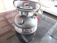 coleman petrol stove campimg cooker