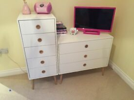 White Retro Bedroom Furniture Set