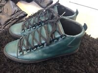 BALENCIAGA ARENA BLACK GREY GREEN SUEDE LEATHER SIZE 8 9