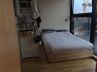 Massive Double Ensuite Room in Hackney Wick Penthouse Flat!