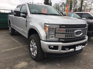 2017 Ford F-350 Platinum VERY LOW KM'S, LOCAL, NO ACCIDENTS