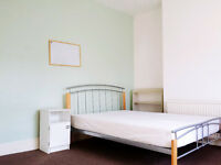 Double room available, in friendly shared house, near Exeter St Davids, all bills included