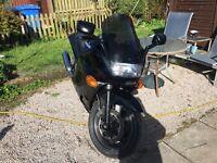 Kawasaki zzr1100 clean bike