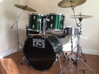 Wokingham Drum Sales - Beginners Drum Kit - Cymbals Stands Stool - Beautiful !