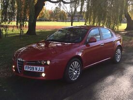 ALFA ROMEO 159 1.9 JTDM LUSSO, LOW MILLAGE. 59k ONLY! NEW MOT, FULL SERVICE, CAMBELT DONE LAST YEAR