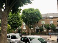 2 bedroom flat in Ferndown Lodge, London, E14 (2 bed) (#1127784)