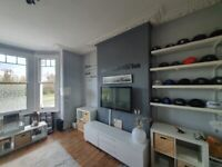 anyone looking to downsize spacious 1bed flat wandsworth common looking for a 2bed.