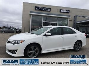 2012 Toyota Camry SE Nav No accidents