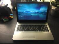 Hp pavilion laptop 15.6 inch screen like new comes with charger carry case