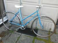Ladies 80s falcon hybrid bike