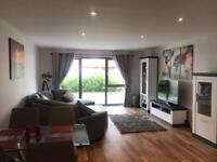 Large Double room with own bathroom in Luxury Appartment to rent
