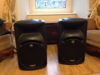 Pair of Mackie Speakers (intermittent fault/ need repaired or for spare parts)