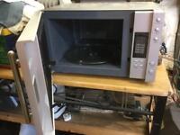 Russell Hobbs 1000 watt microwave