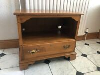 American cherry wood TV bench / storage unit